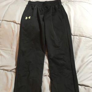 Boy's Under Armor sweatpants